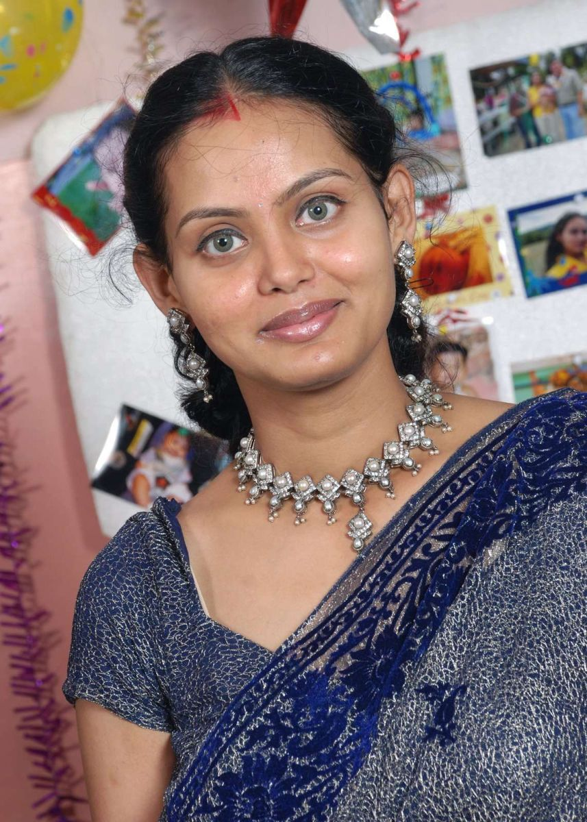 Desi Aunty - Tamil Actress Daily Updates-3473